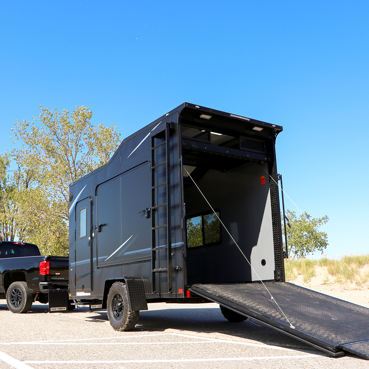 Vision - Auto Hauler - Landscaping Cargo Trailer - Customization - LOOK Trailers