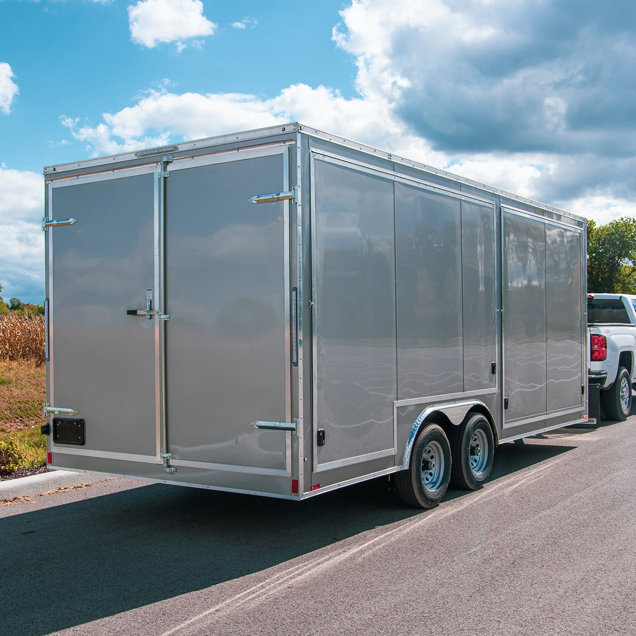 Element SE - Custom Awning Doors - Concision Trailers - LOOK Trailers